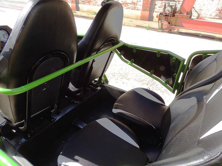 PREDATOR 400 XL 4 SEATS UTV